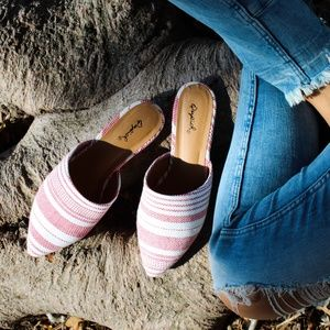 Shoes - 🆕//The Cody// Red and White canvas Flats